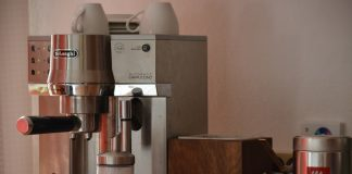 how to clean the coffee maker without vinegar