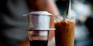 ca phe sua da - vietnamese coffee with condensed milk